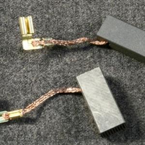 Электроугольные щетки 5*8*19 BOSH